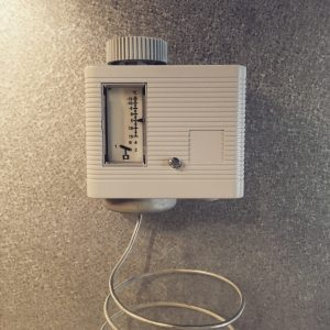 Protizmrzovalni termostat_Freeze Protection Thermostat