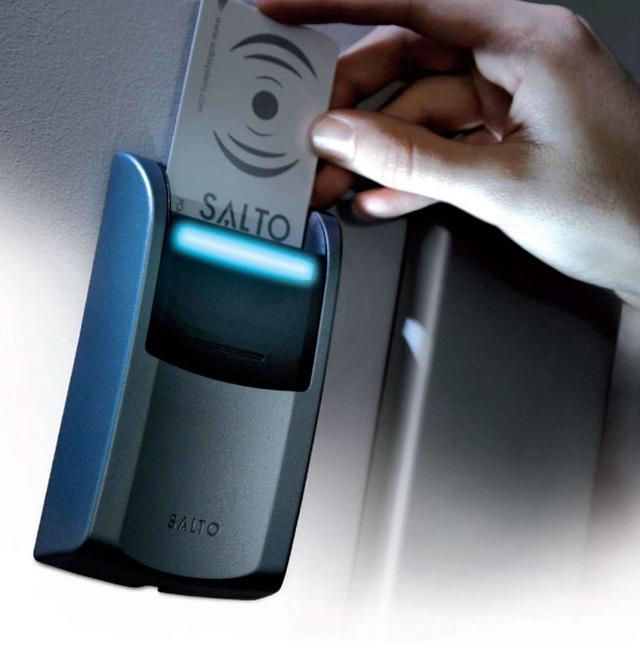 Energy Saving Device ESD - naprava za varčevanje z energijo v sobi