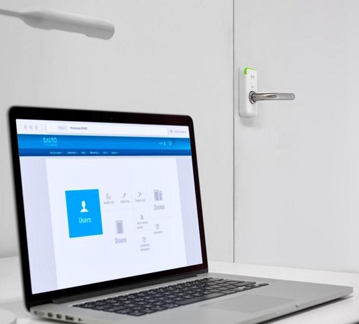 Ključavnica študentski dom_fakulteta_odpiranje s kartico_odpiranje z obeskom_RFID