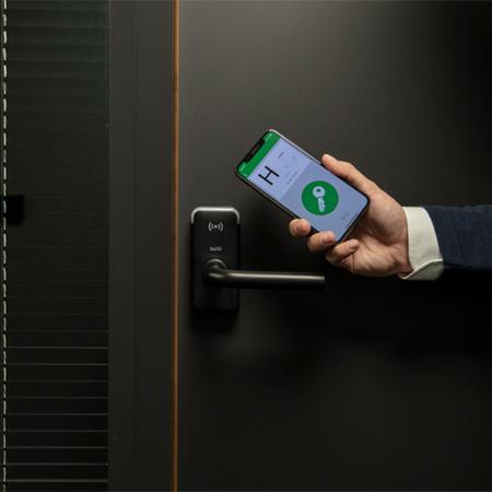 XS4 Mini hotelska kljuka_pametna ključavnica
