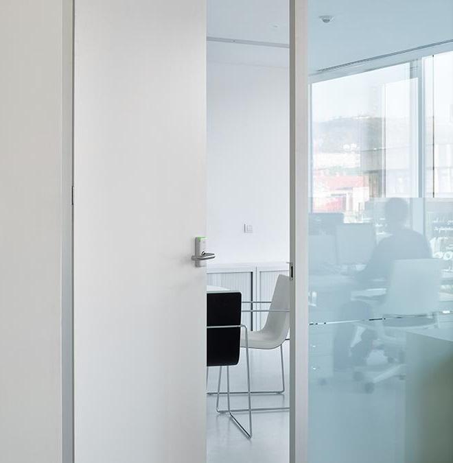 kljuka za poslovne prostore_ključavnica za poslovne prostore